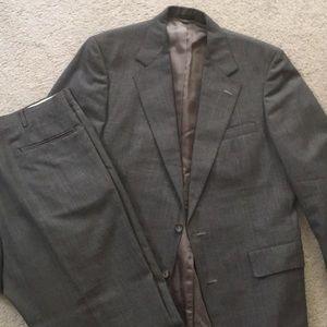Other - EUC Men's 42R Grey Glen Plaid Suit